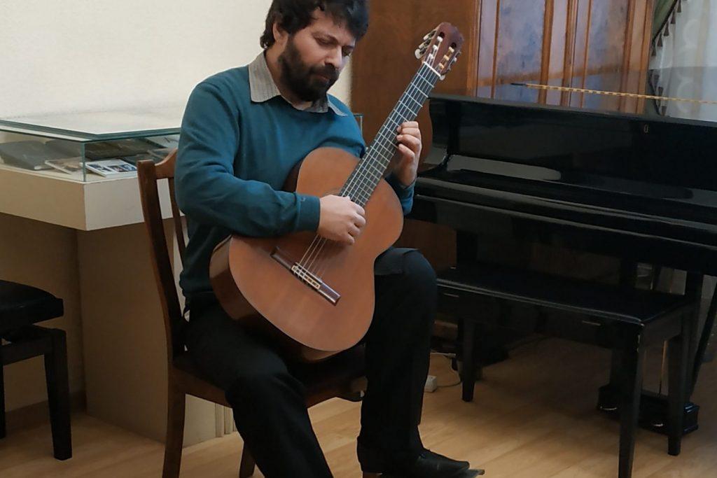guitar 33